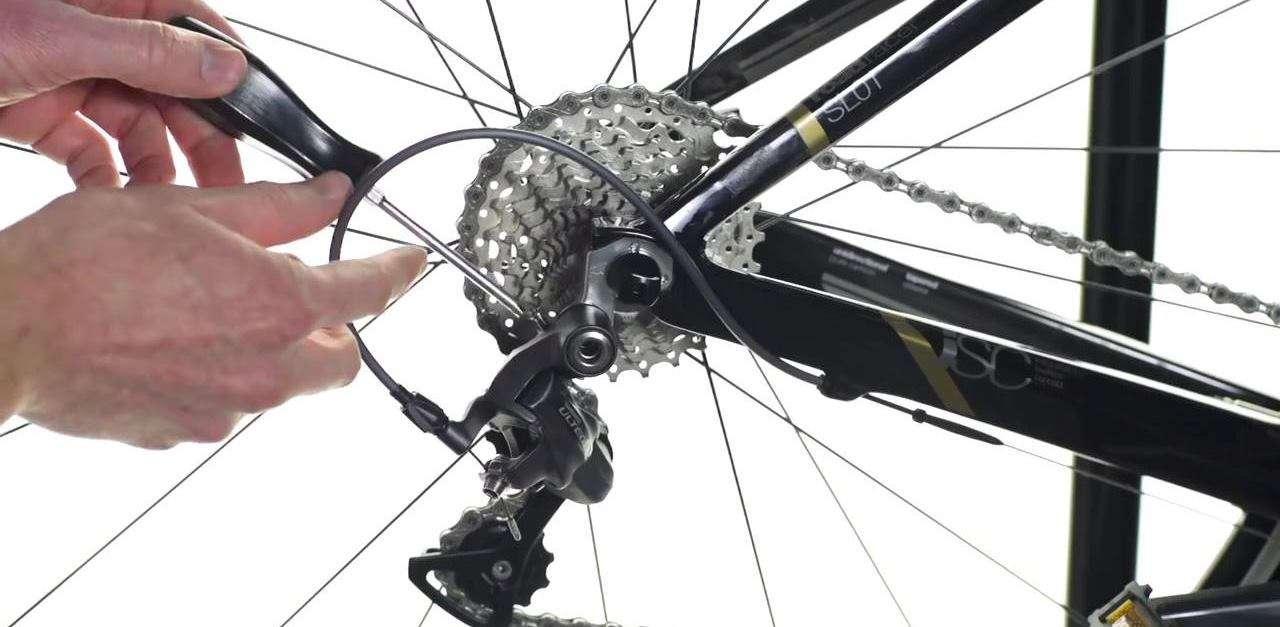 Как поставить задний переключатель скоростей на велосипед
