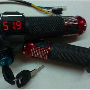 Ручка газа с вольтметром фото 2